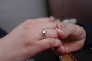 הצעת נישואין במועדון